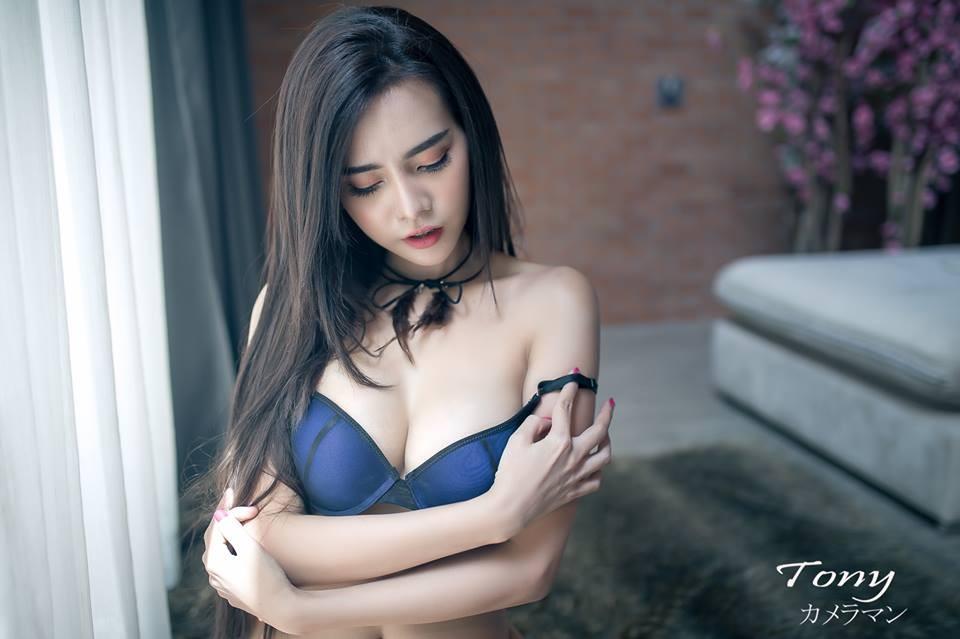 choang-vang-vi-Sitasinee-Siriruke-khoe-dang-sieu-chuan (10)