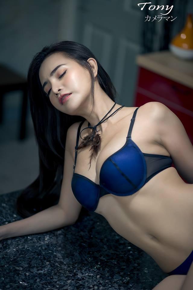 choang-vang-vi-Sitasinee-Siriruke-khoe-dang-sieu-chuan (3)