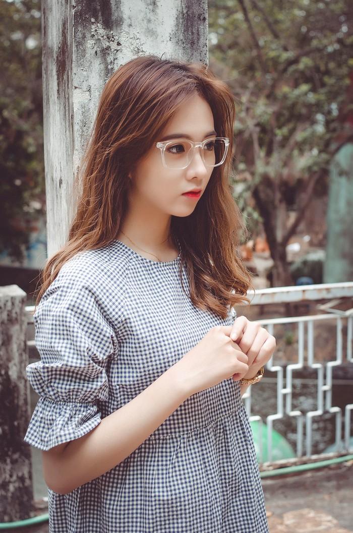 ghen-ty-voi-ve-dep-khong-goc-chet-cua-hot-girl-duyen-nguyen (4)