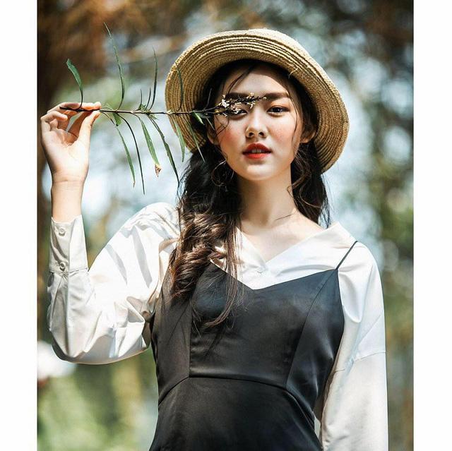 ngat-ngay-ve-dep-trong-treo-cua-hot-girl-san-nguyen (4)