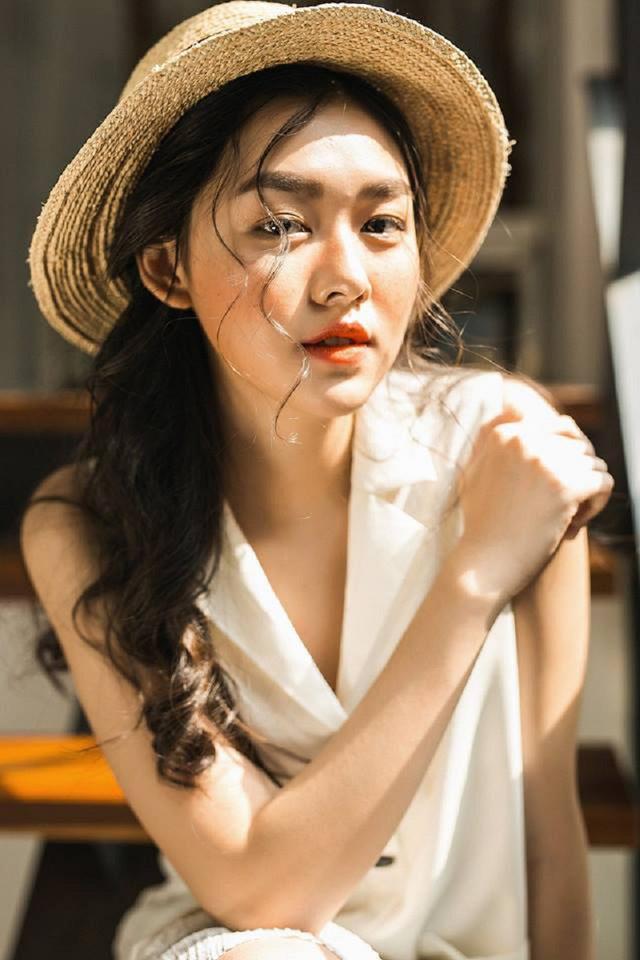 ngat-ngay-ve-dep-trong-treo-cua-hot-girl-san-nguyen (5)